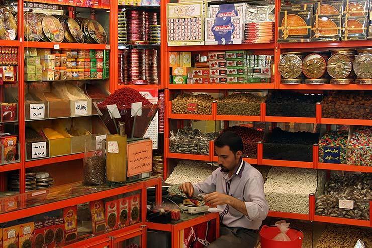 شیرینی، آجیل و ادویه برای طرفداران مواد غذایی