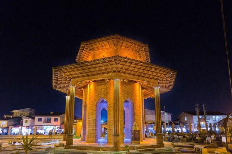 مقبره میرزا کوچک خان