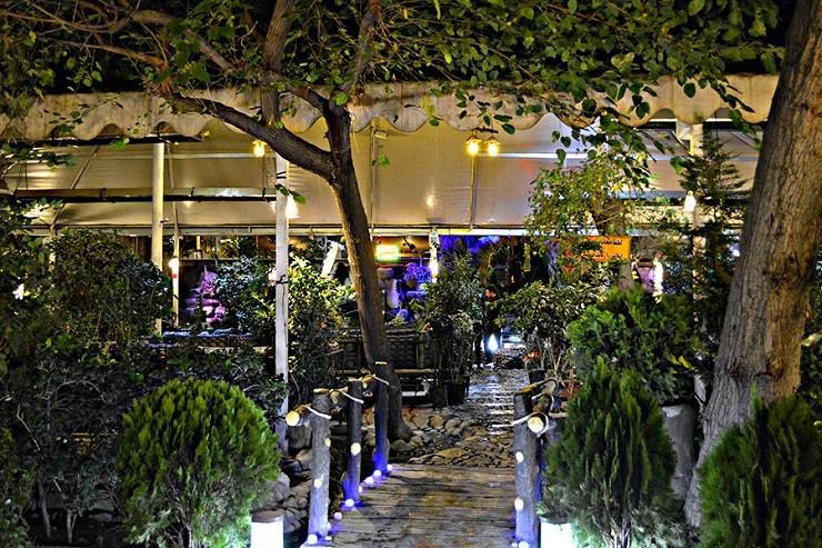 رستوران باغ نور تهران