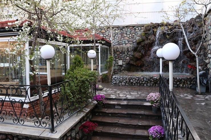 رستوران باغ بهشت تهران