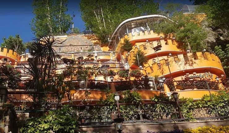 رستوران بهشت دربند در تهران