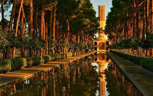 دولت آباد یزد