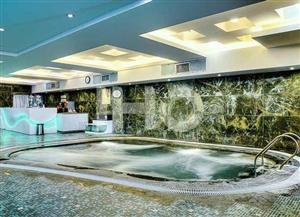 استخر هتل شیراز