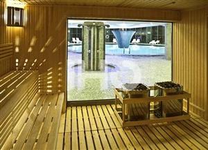 استخر هتل بزرگ شیراز